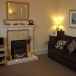 daisybank-right-living-room-1-200-x-150